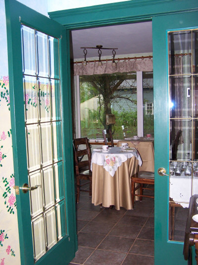 tearoom on premises